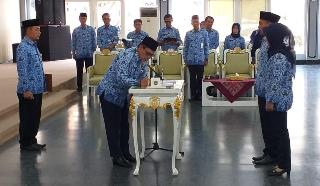 Pengambilan Sumpah Janji Pegawai Negeri Sipil dilingkungan Pemerintah Kabupaten Kendal Tahun 2018